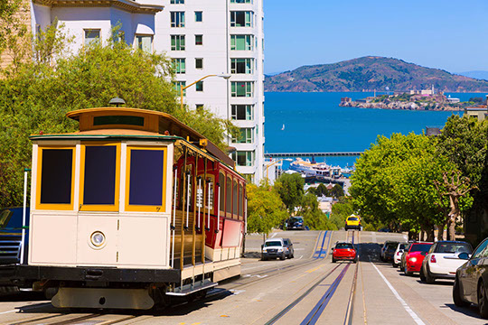 Enjoy a cable car ride in San Fran with TripGift